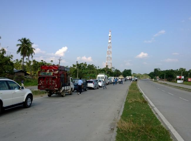 Cars crossing the Tiwa area needed police security during the bandh