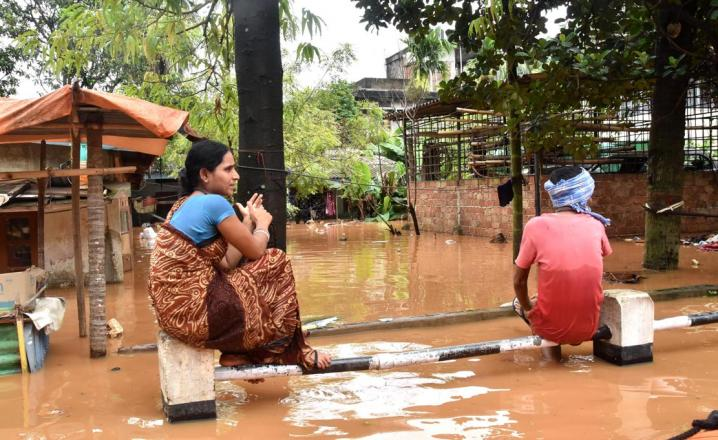 Anil Nagar area being submerged by flood water triggered by heavy rainfall on 07-07-16. Pix by UB Photos