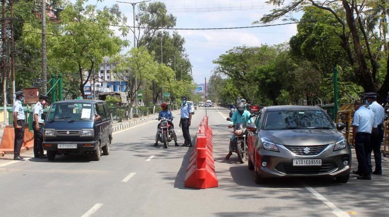 Police barricade during lockdown in Guwahati. Photo by UB Photos.