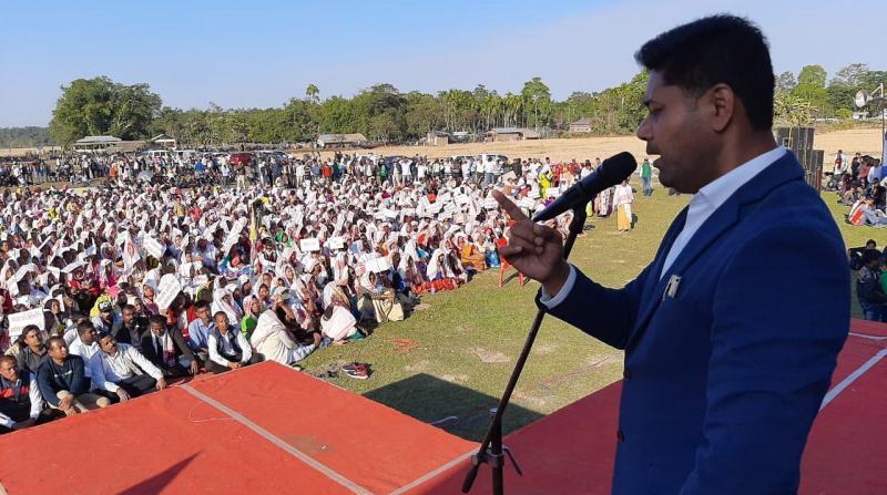 Lurin Jyoti Gogoi AASU General Secretary addressing public meeting protest against CAA at Naharkatia Kalapani play ground on 31-12-19. Photo by UB Photos